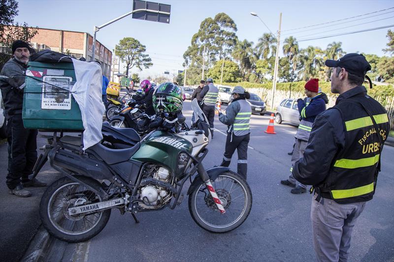 Motofretistas também foram alvo da ação fiscalizatória