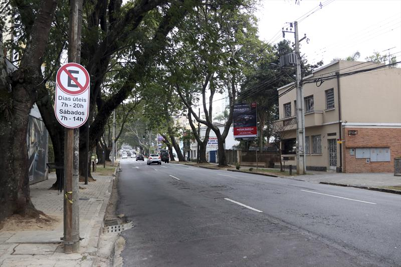 Estacionamento irregular gera multa