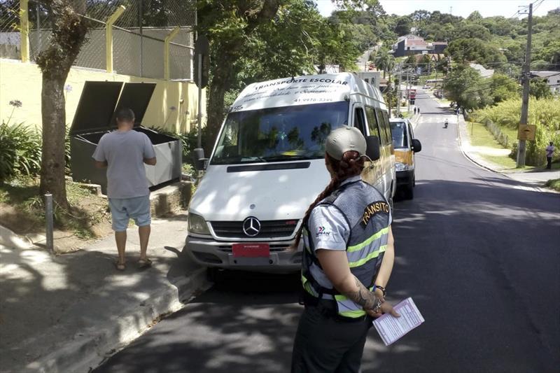 Fiscalização flagra transporte irregular