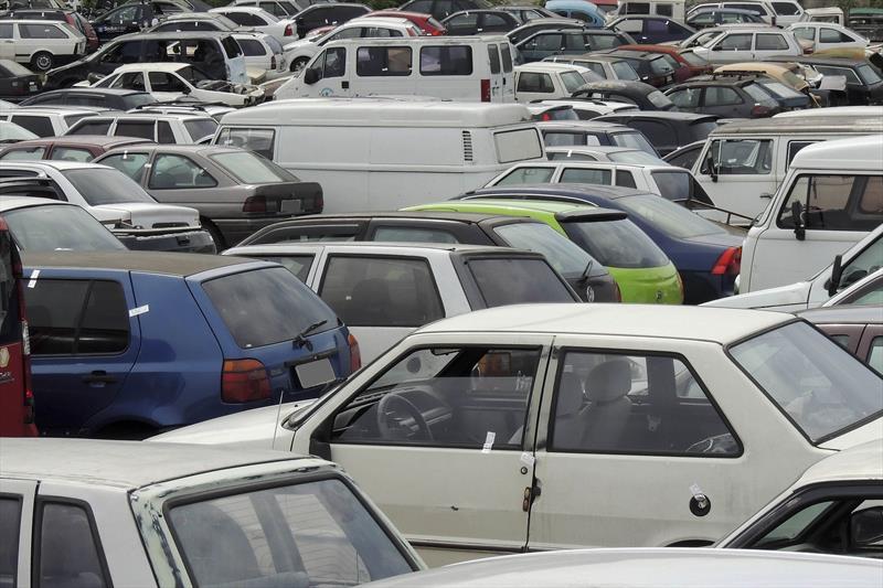 Setran promove leilão de veículos apreendidos