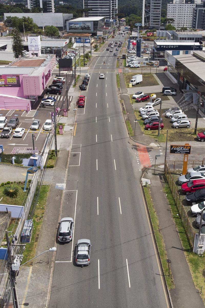 Rua General Mario Tourinho terá faixa exclusiva para ônibus. Curitiba, 16/12/2018. Foto: Pedro Ribas/SMCS
