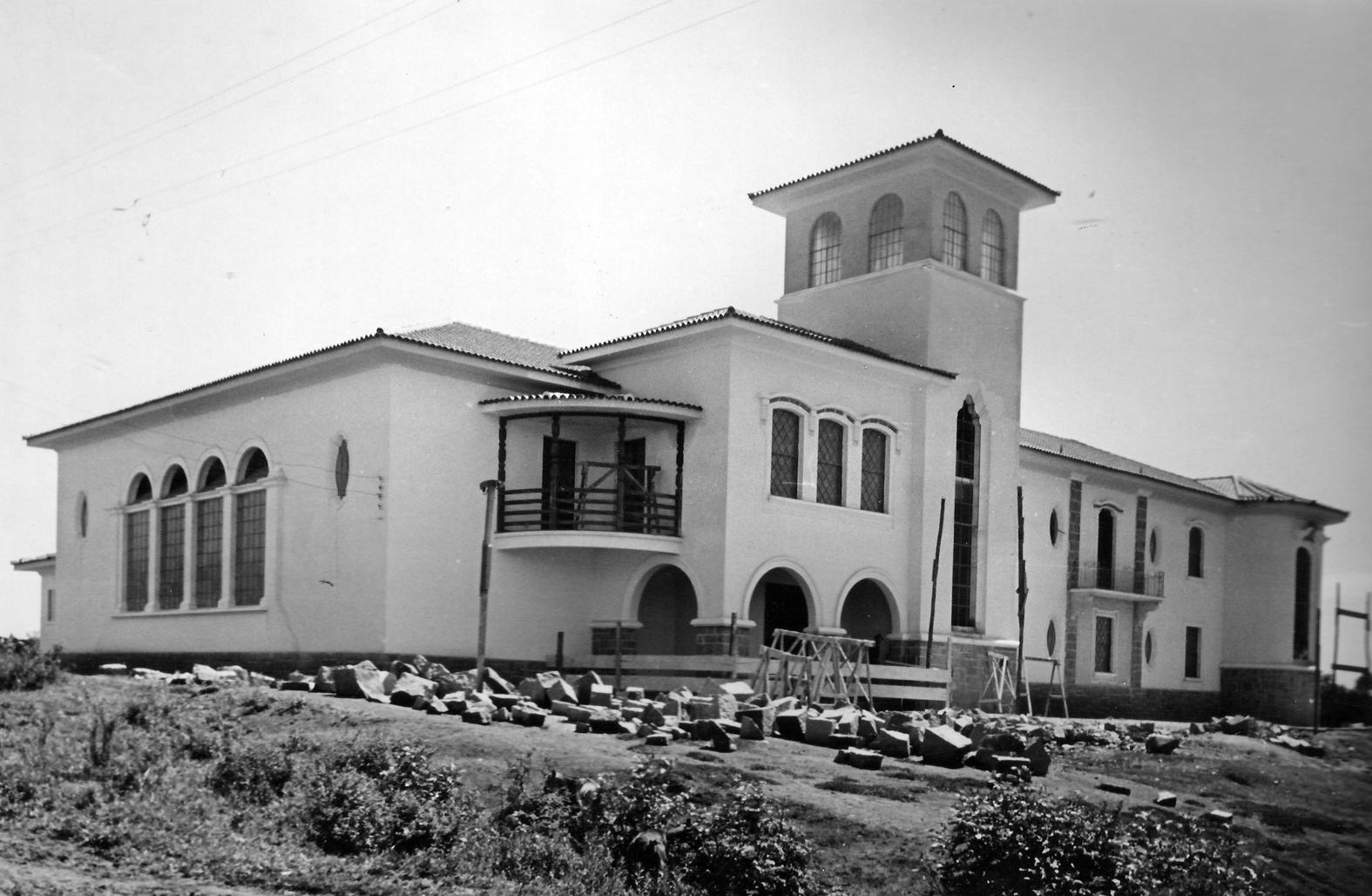 Grupo Escolar Lysimaco Ferreira da Costa em construção,  1946.