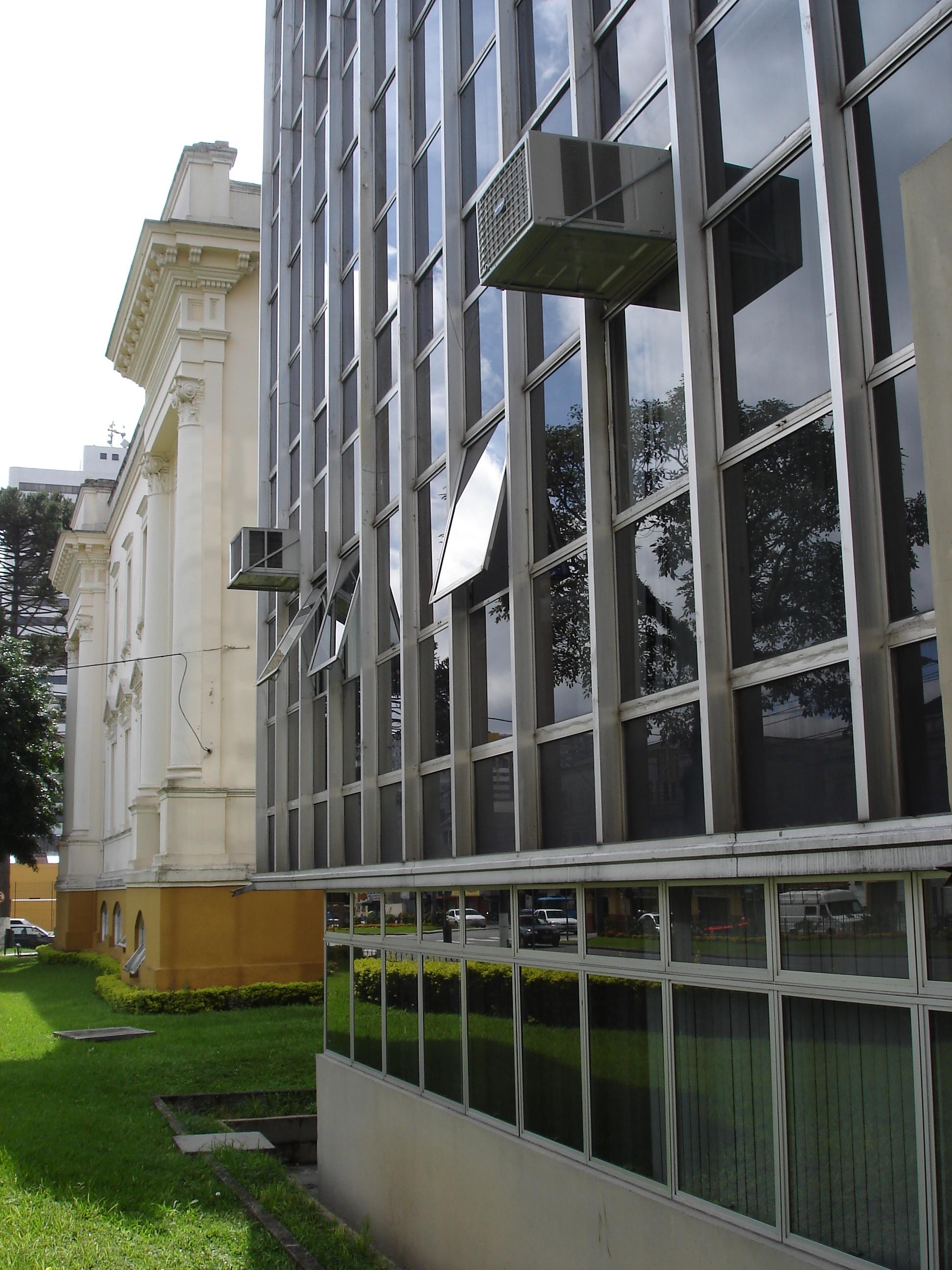 Detalhe do edifício anexo ao palácio Rio Branco.