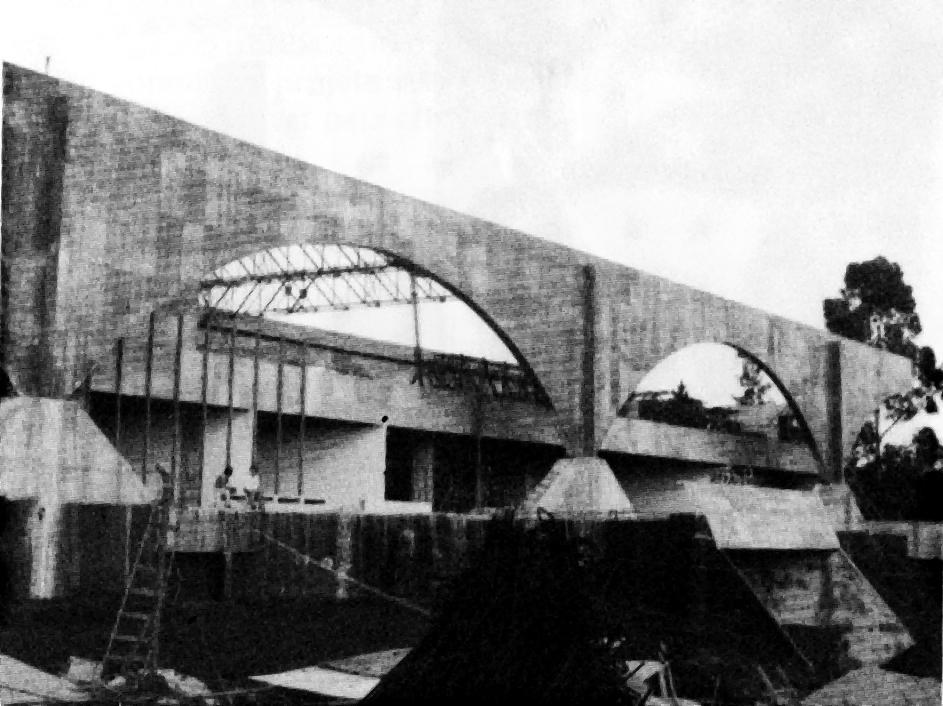 Construção do Terminal do Portão, em 1978.