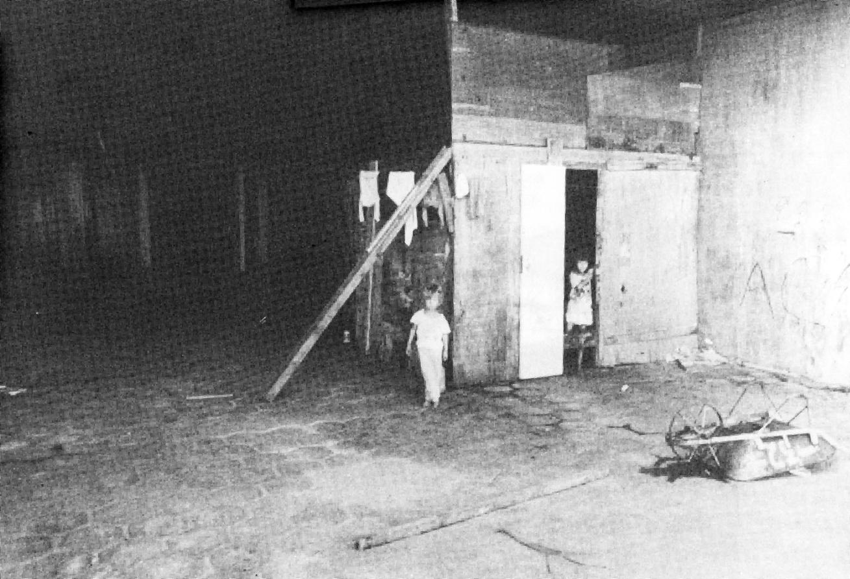 Construção do Terminal do Portão abandonada, em 1982.