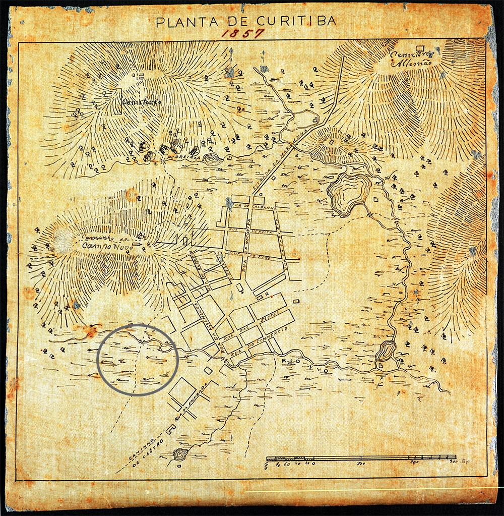 Mapa de Curitiba de 1857 com a indicação do local onde será construída a Praça General Osório.
